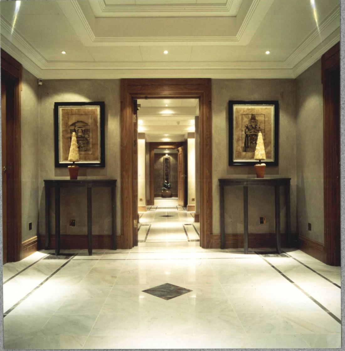 Regents Park Apartments: Esmond Murray Architects